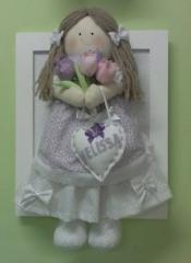 Quadro com boneca qd-01-b-03 tulipas.