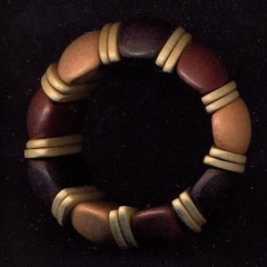 Harvorae - pulseira de gomos de madeira
