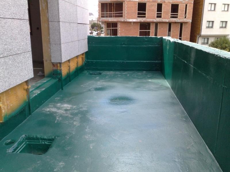 IMPERMEABILIZAÇÃO DE ALTO DESEMPENHO > POLIUREIA - Impermeabilização de terraço
