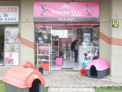 Princess dog pet shop