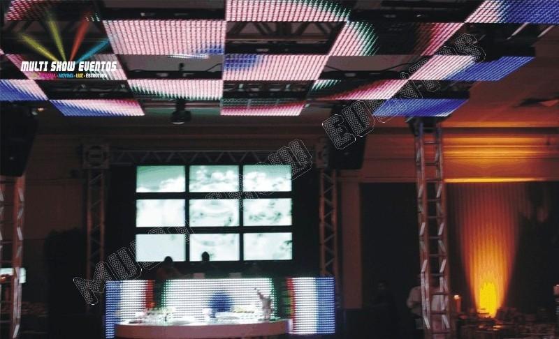 LED PH40 - TETO MOSAICO E VIDEO WALL TVS 42