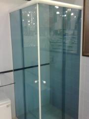 Box de canto de vidro temperado