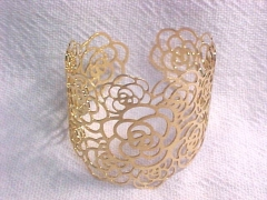 Bracelete feito a mão flores folheado ouro 18k