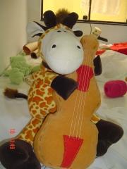 Girafa com Baixo Orquestra dos Bichos