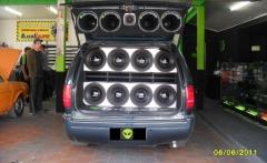 InvasÃo sound car som automotivo acessórios insulfilme e alarme em campo largo - foto 7