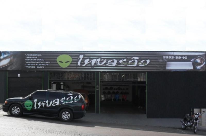 INVASÃO SOUND CAR SOM AUTOMOTIVO ACESSÓRIOS INSULFILME E ALARME EM CAMPO LARGO