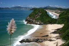Praia brava e praia dos amores