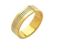 Aliança sem solda, torneada, em ouro 18 k, para bodas ou casamento. modelo interno e externo: reta largura: 6.0 mm altura 1.2 mm detalhes: 3 filetes abaulados  sendo 2 em ouro branco e 1 em ouro amarelo com acabamento polido peso: 11.6