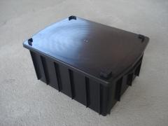 Caixa plastica fechada de 15 l a 180 l