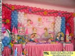 Festa infantil decorada com o tema anjinhos da maria fumaça festas. conheça mais detalhes acessando www.mariafumacafestas.com.br