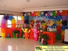 Backyardigans - festa infantil com a decoração da maria fumaça festas