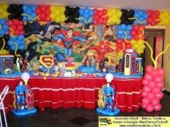 Liga da justiça - decorando sua festa de aniversário infantil com temas desenvolvidos pela maria fumaça festas --> www.mariafumacafestas.com.br