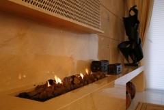 Lareira a gas com pedra vulcanica, bella telha www.bellatelha.com.br, este lindo ambiente foi projetado pelo arquiteto roberto borja... pratica, bonita e funcional.. fale conosco!!!