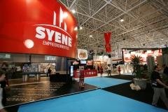 Programação visual do stand syene no salão imobiliário da bahia.