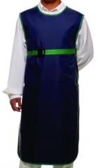 Avental plumbífero padrão para pacientes expostos à radiografia convencional com proteção somente frontal, fabricado em nylon emborrachado com acabamento em deblum e proteção interna com borracha plumbífera flexível com certificado iso 9001:2000 equivalente à 0,25mm pb ou 0,50mm pb. molde masculino medindo: 1,10x0,60m ou molde feminino medindo: 0,90x0,60m. disponível nas cores: (    ) azul marinho, (    ) cinza, (    ) verde musgo ou sob encomenda.