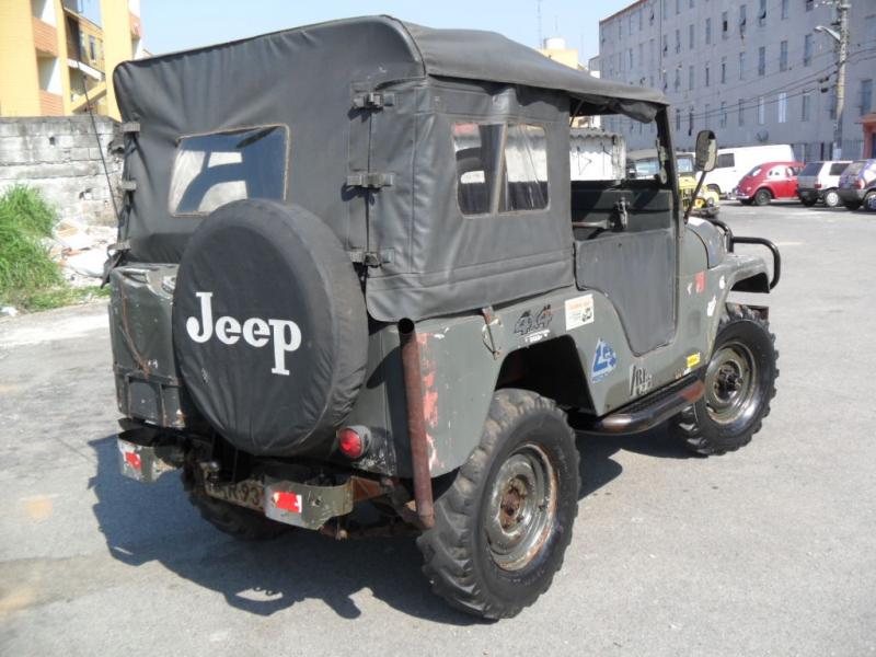 jeep modelo militar