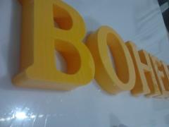 Letreiro Bohemia Em letra Caixa Em Acrílico _ Bar em Fortaleza