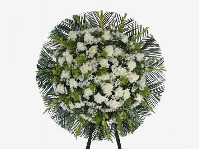 http://www.ikebanaflores.com.br/coroas-de-rosas-brancas.html