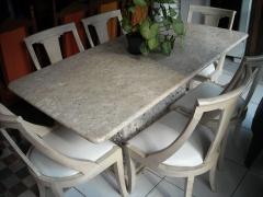 Mesa de marmore travertino com 6 cadeiras www.boogigangashop.com.br