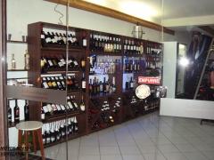 Loja de vinho finos etilo moderno sofisticado .moveis Bento-Es
