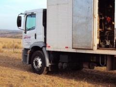 Veiculo para transporte de equipamento
