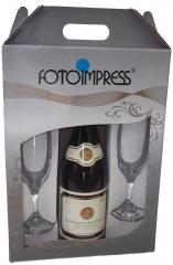 Caixa kit garrafa e taças ideal para fim de ano!