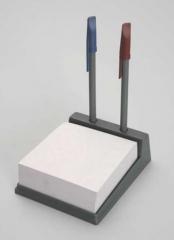 Porta Papel e Suporte Para Canetas  Ref: ANMR Impressa 1 cor Impressa em Silk Só R$2,30 mínimo 300 PÇS (Obs: Este produto é feito de caixiinha de leite reciclada