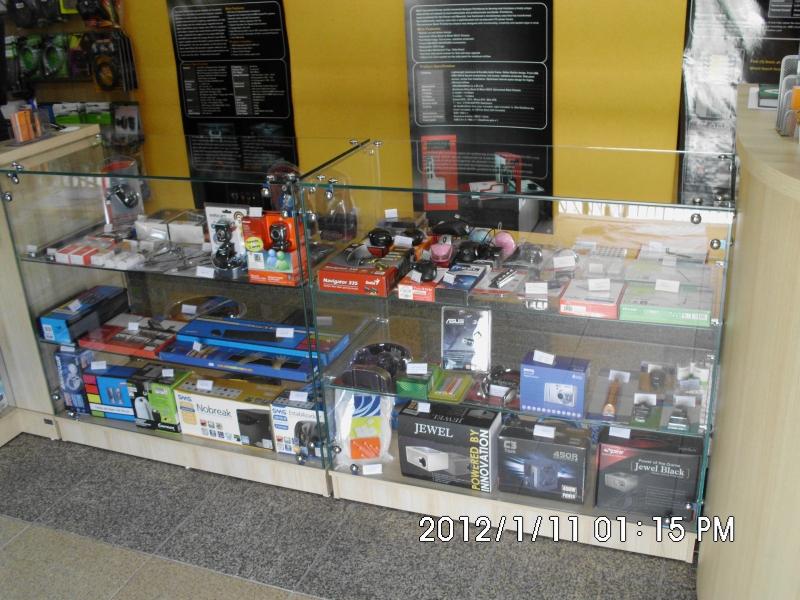 Visite nossa loja e garanta um bom desconto. Fazemos manutenção em Desktops e Notebooks.