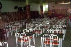 Salão com capacidade para 160 pessoas. reservas para eventos.