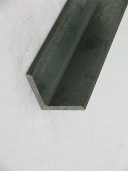 Cantoneira / Perfil L Laminado:- Normas: ASTM A36, A572 e A588