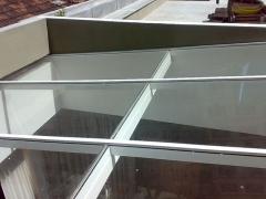 Telhado de vidro com estrutura aluminio
