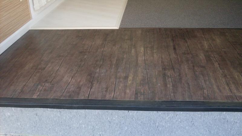 Amostra de Carpete de madeira na loja