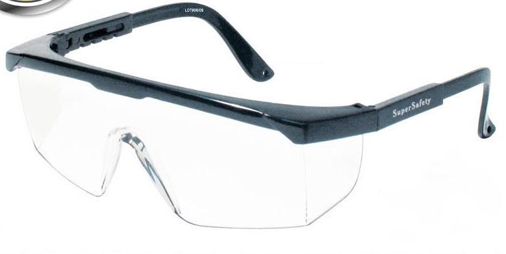 1acb4c458a5b4 Foto  Óculos modelo Rio de Janeiro incolor