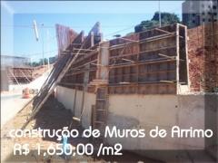 Construção de muroas de arrimos concreto armado