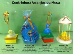 Lembrancinhas de mesa galinha pintadinha - modelos exclusivos desenvolvidos/estruturados pela equipe da maria fumaça festas - www.mariafumacafestas.com.br