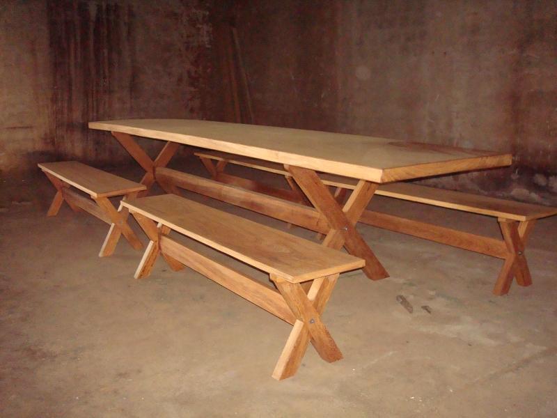 Foto mesa rustica de 6 mt de comprimento com bancos - Mesas de noche rusticas ...