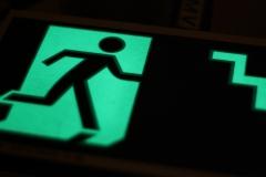 Placa fotoluminescente 2mm - abnt nbr 13434-3