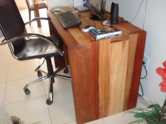 Escrivania rustica de madeira maciÇa