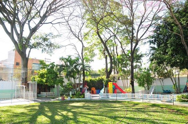 www.aulasdeinglescerquilho.com.br