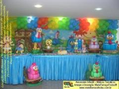 Decora��o da galinha pintadinha maria fuma�a festas.  veja mais em: http://www.mariafumacafestas.com.br/temas/galeria-galinha-pintadinha.shtml