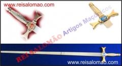 Espada reta com cabo de bronze