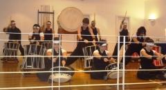 Apresentação de taiko, o tambor japonês, no consulado do japão.