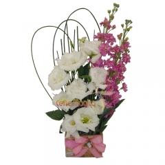 Arranjo lisiantus flores naturais