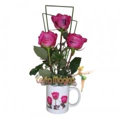 Caneca e rosas personalizadas