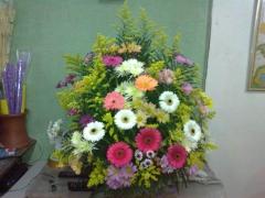 Coroa de flores arranjos personalizados