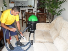 Lavagem de estofados - residencial e automotivo