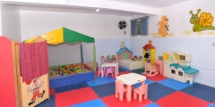 Brinquedoteca, as crianças se divertem com brinquedos e brincadeiras