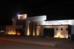 Fachada noturna- cco - centro de cirurgia oral