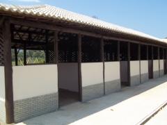 Construçao de baias em area rural