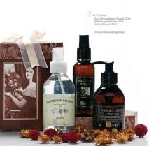 Kit para presentear: �gua perfumada para roupas, perfume para ambientes e sabonete liquido